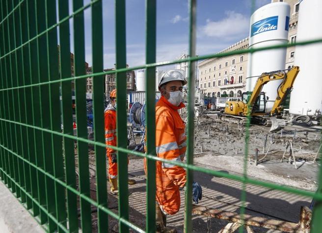 SOLE 24Ore – Scuole riaperte solo per lavori: via libera a 2mila cantieri